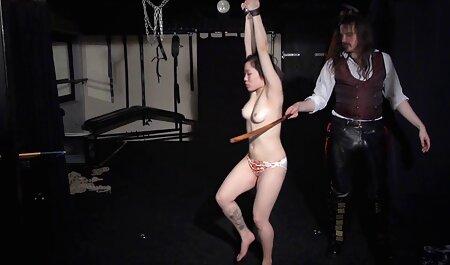 Ebenholzschlampe deutsche pornovideos gratis nimmt Schwanz