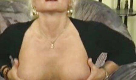 3 Lesben gratis deutsche pornos schauen verführen sich gegenseitig