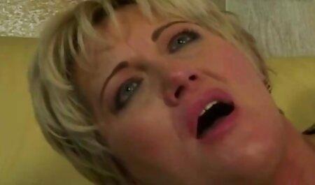 Wunderschönes Mädchen fickt vor der Webcam gratis deutsche handy pornos