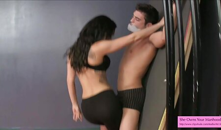 Solo Brunette bekommt Pussy deutsche porno spielfilme Finger Bang