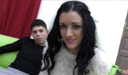 Die gratis deutsche amateur pornofilme rumänische BBW-Göttin Alicia - Riesentitten in Uniform