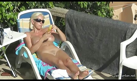 fickt eine deutsche pornos gratis Plastikpuppe und einen heißen sexy Teen